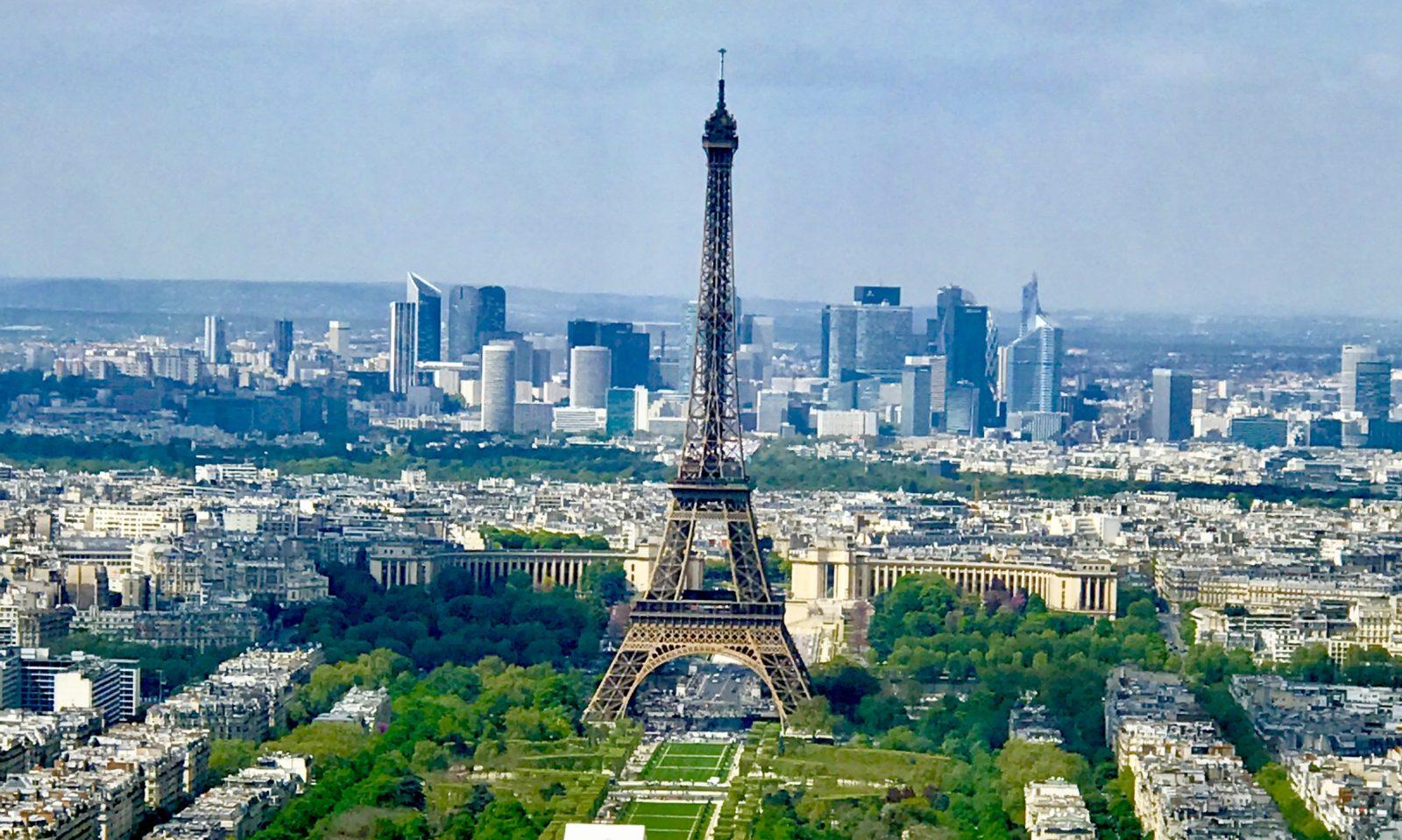 Tajemství Paříže – letecky